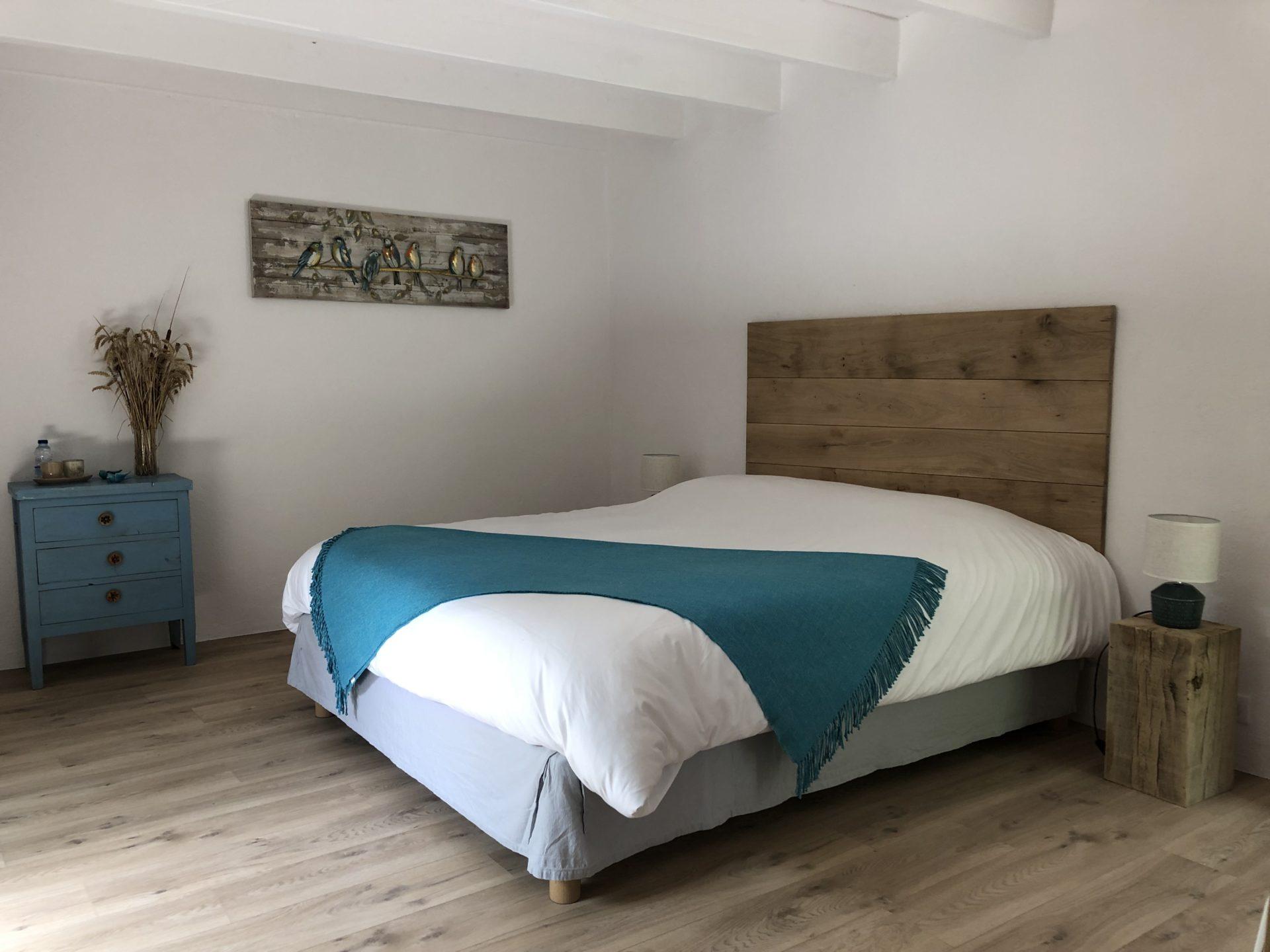 CHAMBRE D'HÔTE « L'ATELIER »  Le Clos Pastel : Chambre d'Hôtes de Charme Albi & Cordes Tarn (81) | Spa Jacuzzi Privatif + Piscine | Parc Arboré